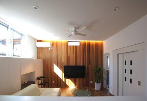 【リフォーム】二世帯住宅 光が差し込む明るいリビング
